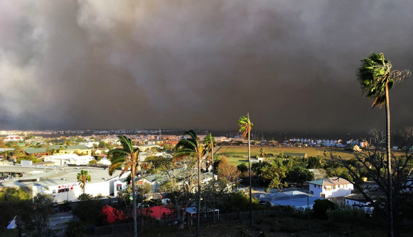 Lasernet wireless connectivity system used by emergency services in South African blaze
