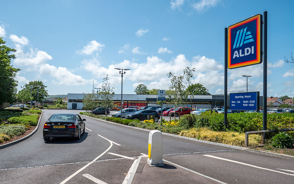 Telefónica Germany connects ALDI