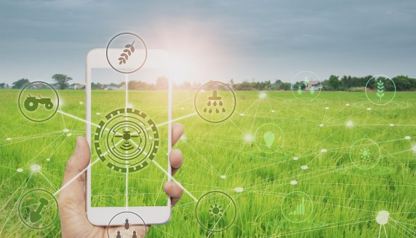 Ericsson and John Deere partner to boost 5G innovation in agribusiness