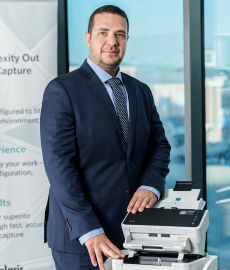 Healthcare: Choosing the right document scanner